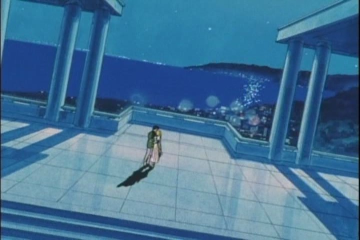 Mamoru and Usagi kiss on the balcony