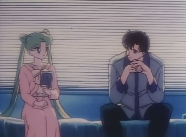 Usagi asks Mamoru about his past