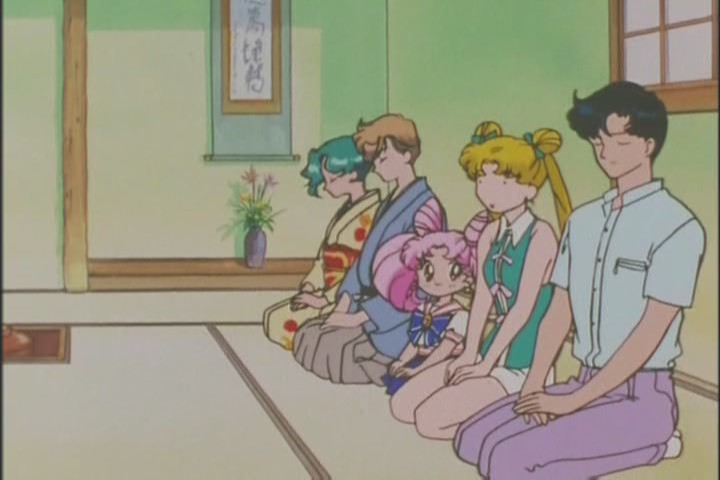 So weird to see a Japanese room in Sailor Moon. The irony