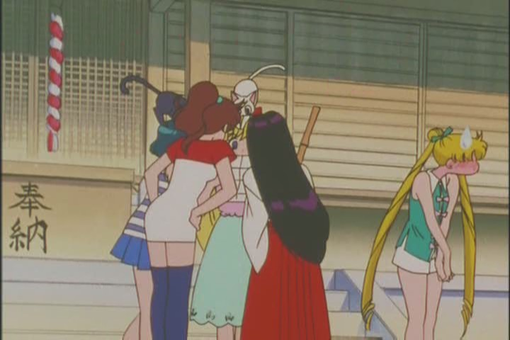 I love poor Usagi's embarrassment that she's still a fuck up in the future