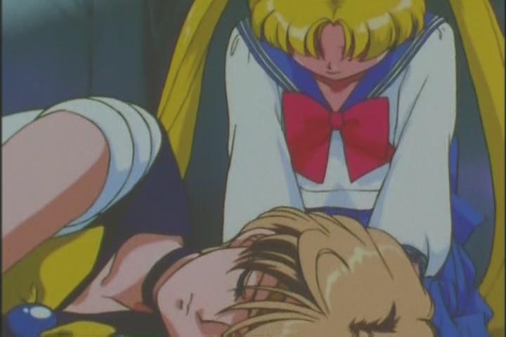 Usagi sitting over Uranus' lifeless body