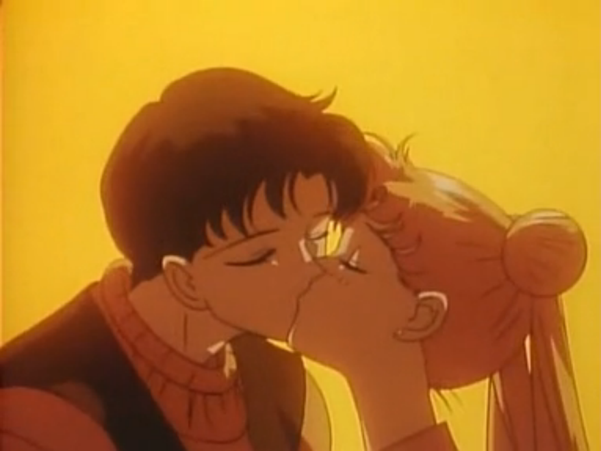 Obligatory kissing scene that I include merely to increase hits from perverts on Google Image
