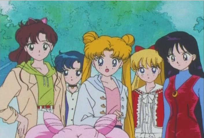 Senshi talking to Chibi-Usa
